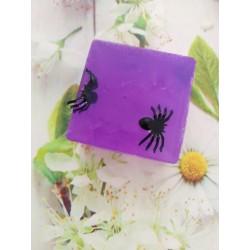 Jabón con arañas